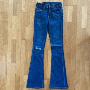 New w/ Back Tag - CARMAR Flared Jeans - Size 27